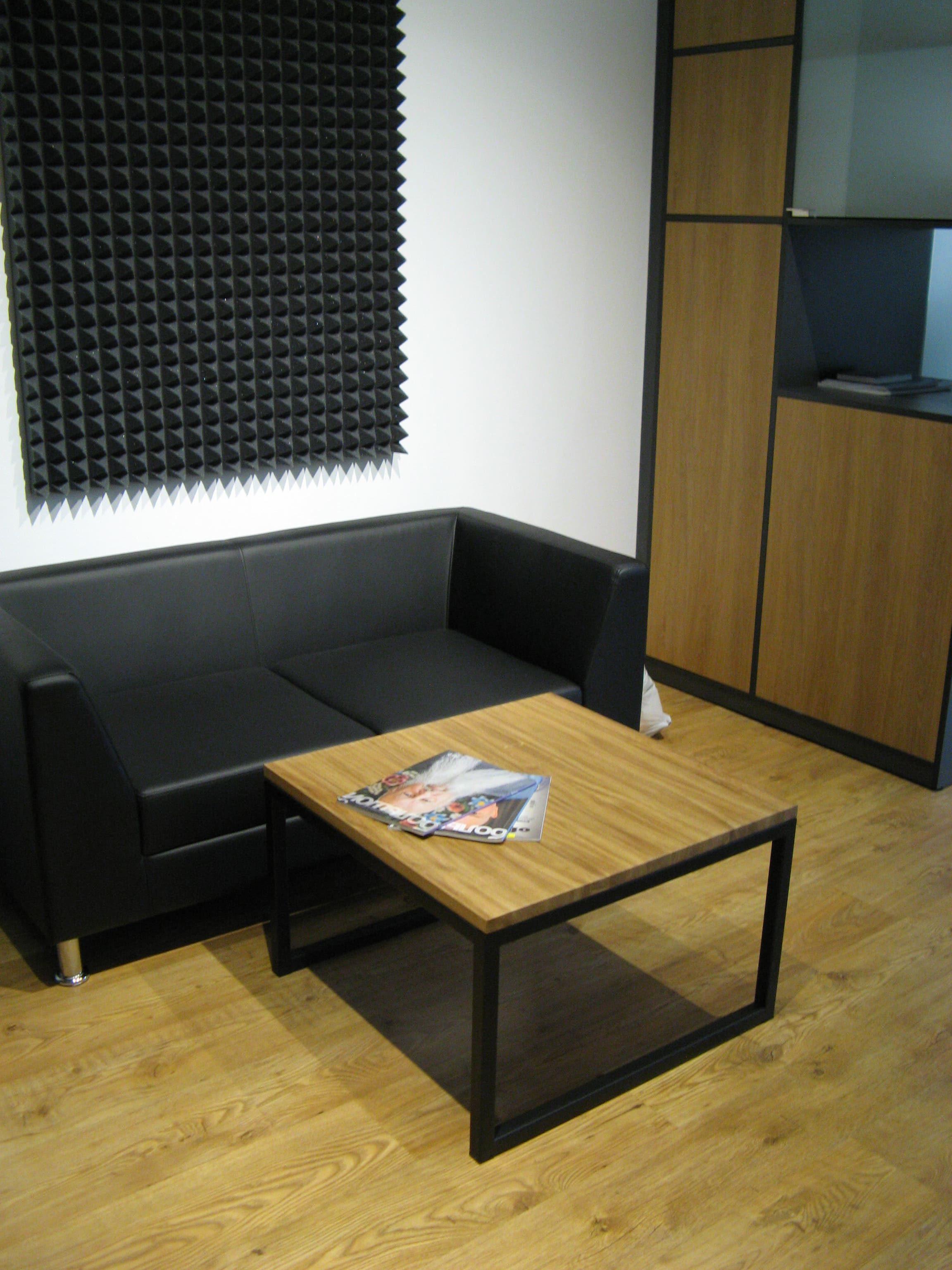 Стол журнальный в стиле Loft