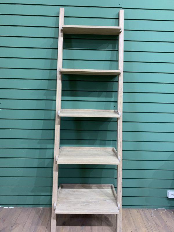 Приставной стеллаж лестница из дуба