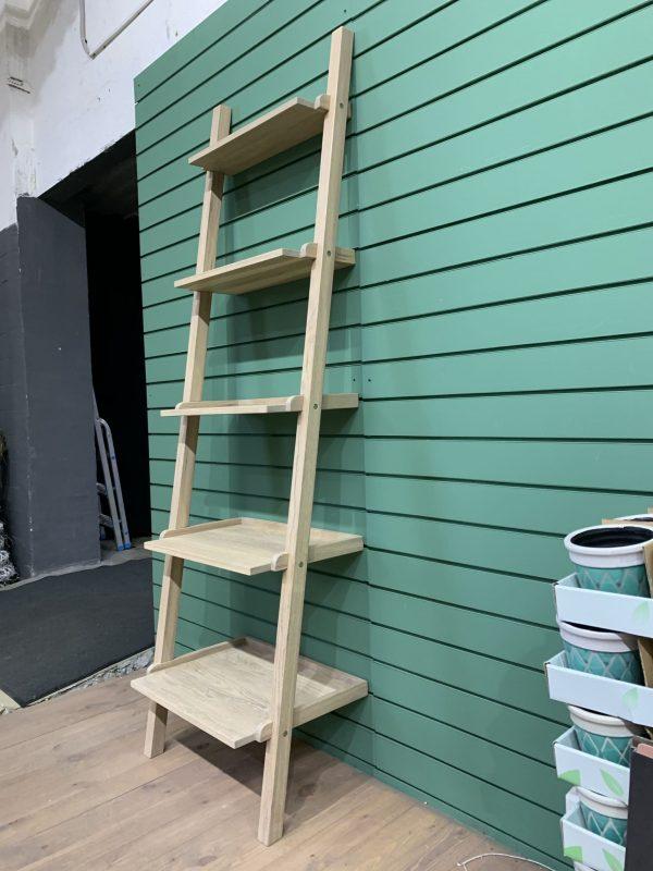Приставной стеллаж лестница из дуба купить в Минске